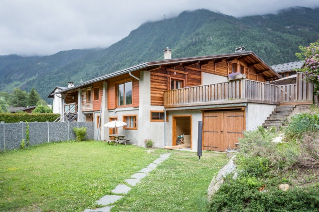 Season Rental Chamonix Chalet Surf